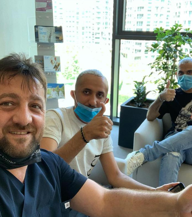 After FUE hair transplantation with sapphire